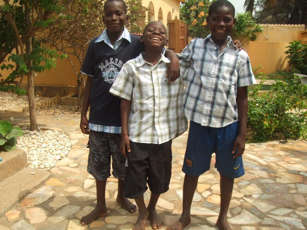 Bernard, Mawuli och Armand